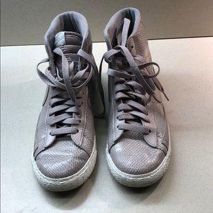 Nike Blazer Hi Tops.   Embossed Lizard